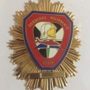 Placa de los Bomberos del helipuerto de Ceuta