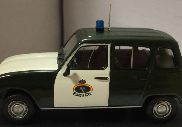 Renault 4 tl utilizado por la Guardia civil en la década de los años 80 del siglo pasado.