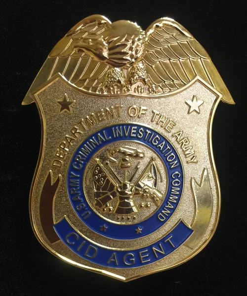 US ARMY CRIMINAL INVESTIGATION COMMAND BADGE