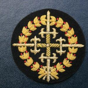 Emblema bordado a mano de la Gran Cruz Laureada de San Fernando.