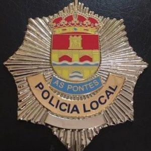 Antigua placa insignia, utilizada por la policía local de As Pontes, en la Coruña.